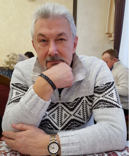 Александр Петухов